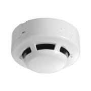 FOC-215 | Detector fotoeléctrico de humos convencional a dos hilos con base incluida. Cobertura de 75 m² ~ 150 m². Material plástico resistente al fuego. Certificado EN-54.